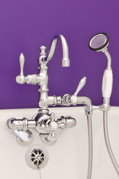 Thermostatic Leg Tub Faucet w/ Arch Spout & Handheld Shower